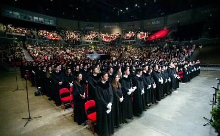 センメルワイス大学卒業式の模様